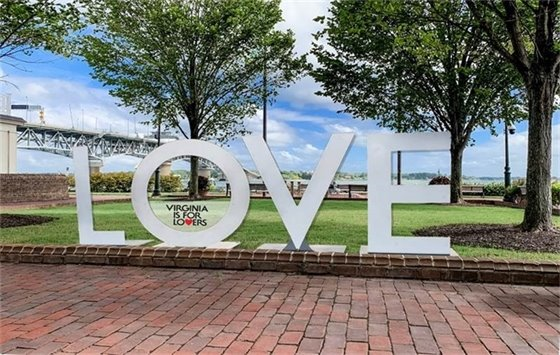Don't miss your opportunity to take your picture with the visiting LOVE letters!