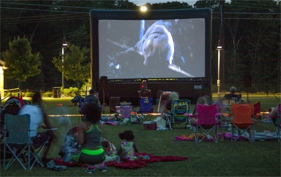 """Movies in the Parks"" Returns in April"