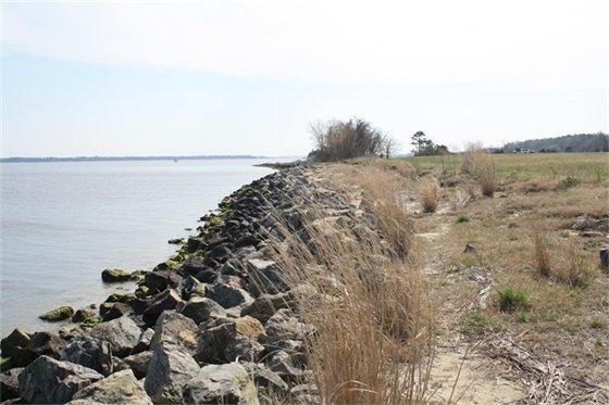 East Side of Indian Creek Field