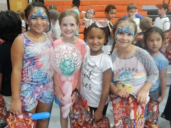 "Summer Fun Camp - The four princesses are dressed up for the Summer Fun Camp's special ""Carnival Day"