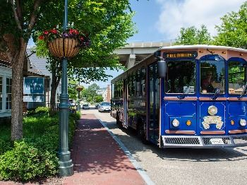 Yorktown Trolley at Riverwalk Landing